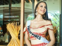 Catriona Gray champions Filipino artistry in Miss Universe pageant