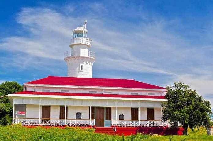 Malabrigo Beach and Lighthouse