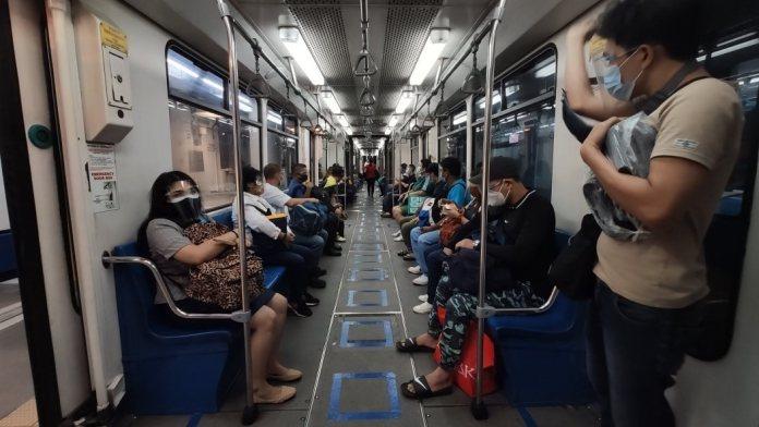 Metro Manila increase passenger capacity