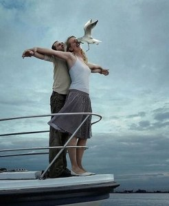 titanic funny pose for facabook