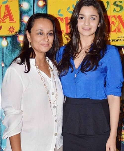 alia bhatt images with her mother