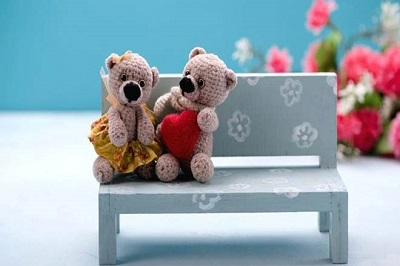 picture of teddy bear with friend