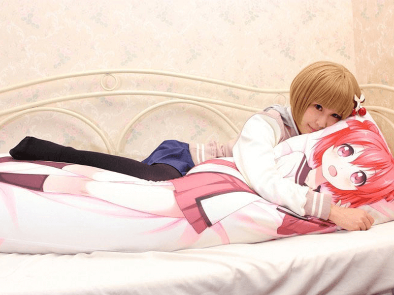 what s a dakimakura good night s rest