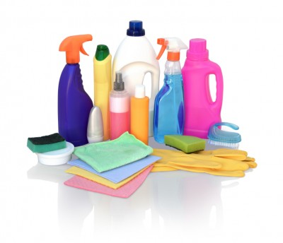 environmental toxins and pets - Cleaning supplies