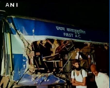 5 dead in Andhra Pradesh Train Accident