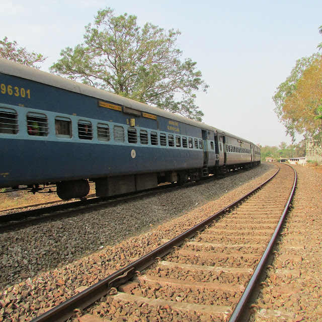 Indian Railway to run backup train for Wait list Passengers