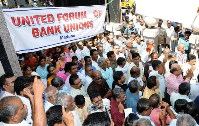 Bank strike affects operations in 80000 branches