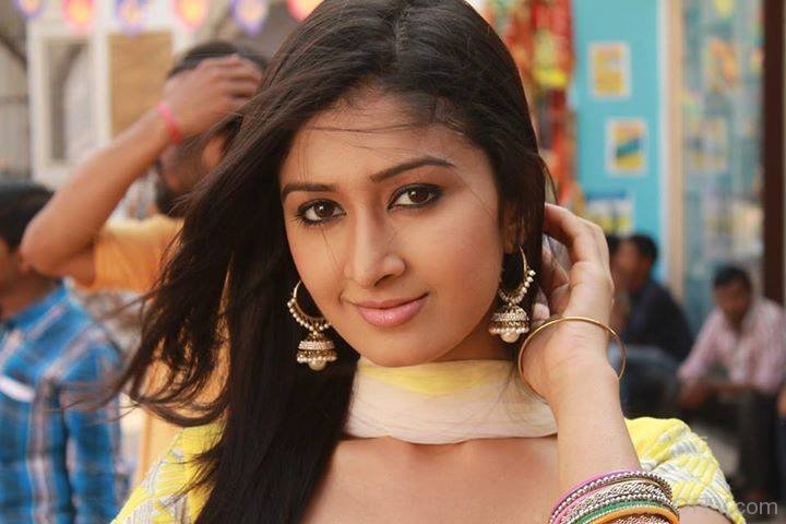 Actress Farnaz Shetty to be soon seen on &TV's Waaris