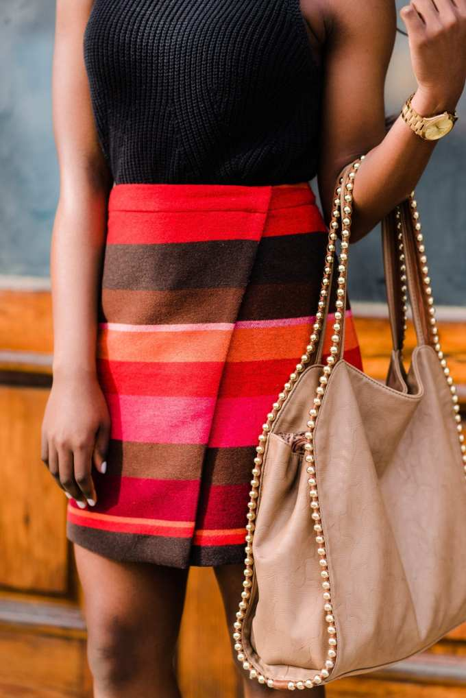 South Carolina Fashion blogger, GoodTomiCha, shares the best places to shop for affordable workwear on the blog. This Loft wrap-around skirt look is featured in the post. #bossbabe #collegeblogger #womeninbusiness #workwear #businesscasual #Loft #professional