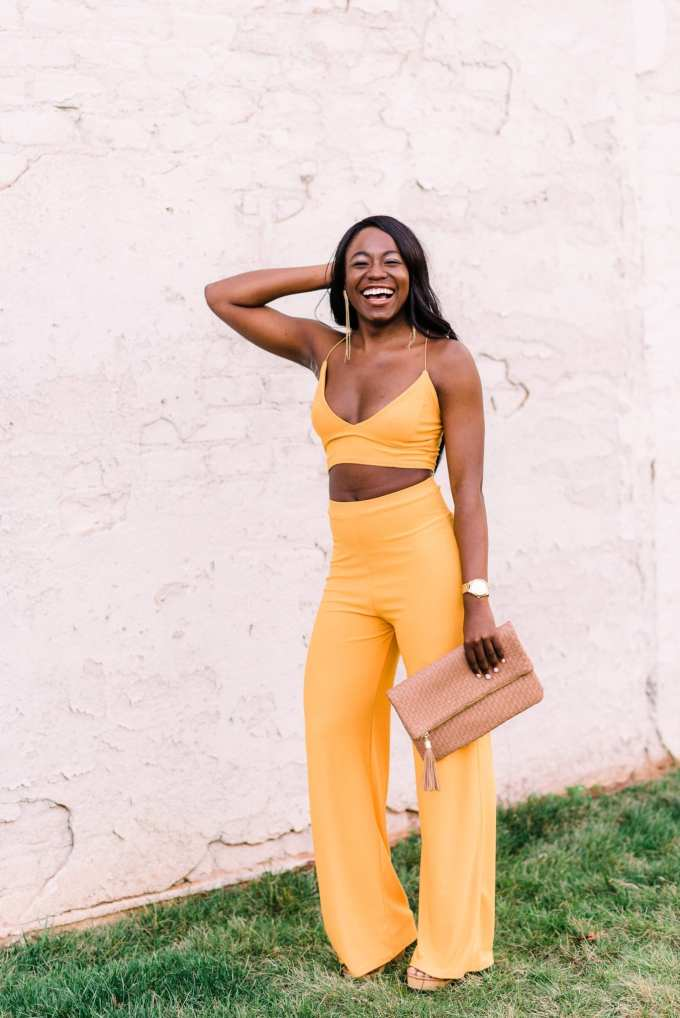 South Carolina fashion blogger, GoodTomiCha, shares her body confidence evolution on the blog! Featuring this gorgeous yellow two-piece set from Boohoo that is just perfect for the spring.