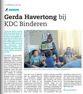 Artikel uit Nieuwsblad Traverse over het voorlezen door Gerda Havertong bij KDC Binderen in Helmond
