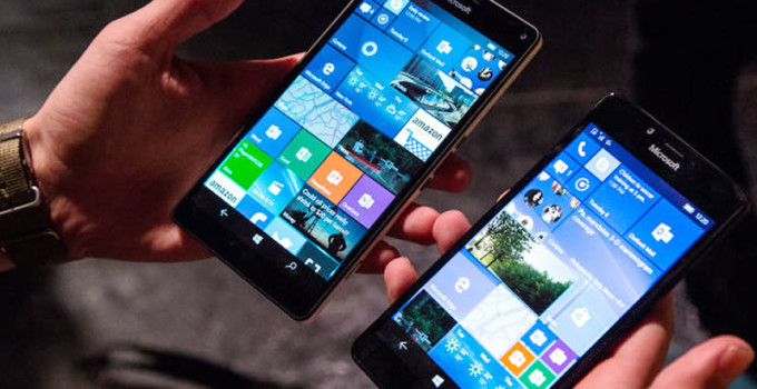 What led to downfall of Windows Mobile