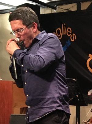 Adam Glasser – Harmonica