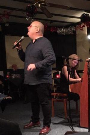 Ian Shaw – Vocals & piano