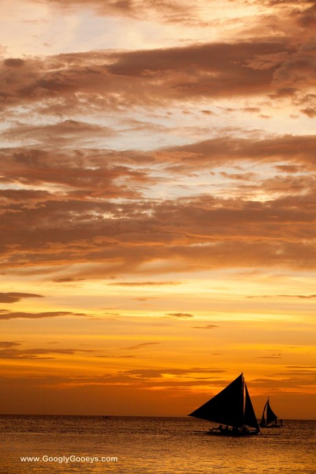 Boracay Sunset: Sunset Sailing
