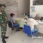 Koramil Entikong Menerapkan Protkes Kepada PMI, Cegah Penyebaran Covid-19