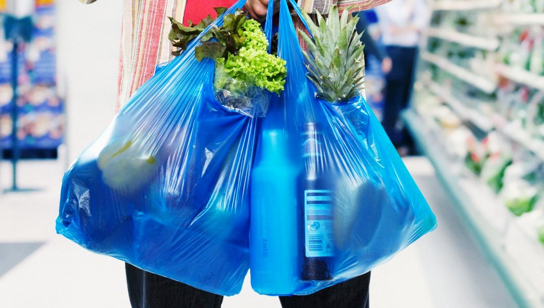 В Польше объявили войну пластиковым пакетам