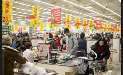 Какие магазины работают по воскресеньям в Польше можно узнать с помощью мобильного приложения