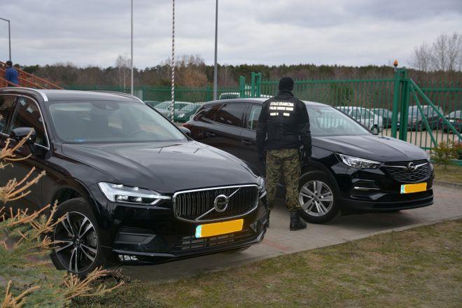 Граждане Украины и Литвы украли в Голландии люксовые авто, предлагавшиеся там в аренду