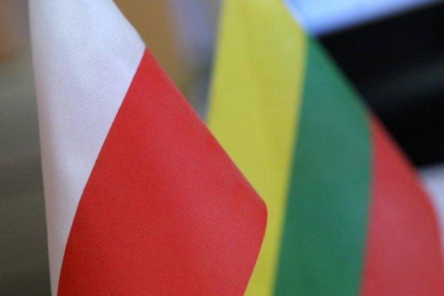 Литовці все частіше приїжджають за покупками в Польщу