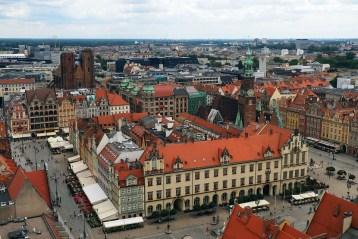 Українці масово скуповують квартири у Польщі