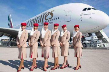 Авіакомпанія Emirates у Польщі проводить набор на роботу стюардами
