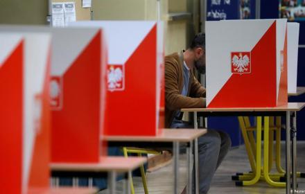 Другий тур виборів президента:  екзит-пол по воєводствах