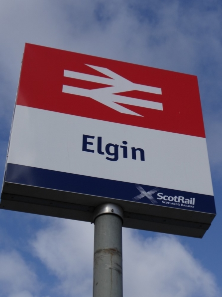Elgin railway station
