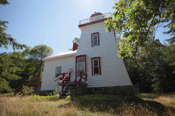 Janet Head Lighthouse in Gore Bay