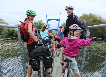 get inspired bike Nelson Kaiteriteri kids great taste trail bridge crossing goRide