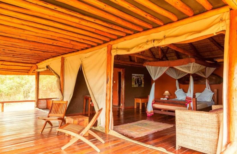 Uganda Camping Safaris, Camping tour & trips