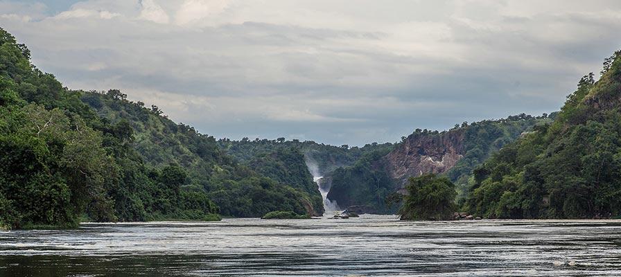 Thunderous Murchison Falls on the Best of Uganda Safari