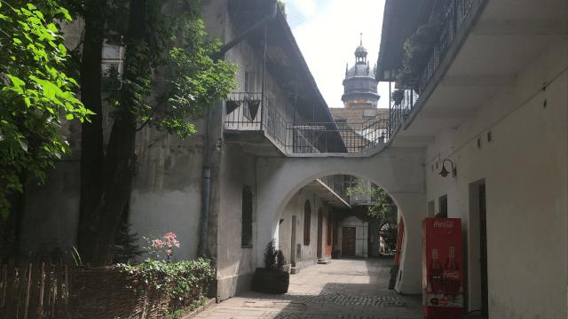 Meiselsa courtyard Schindler's List
