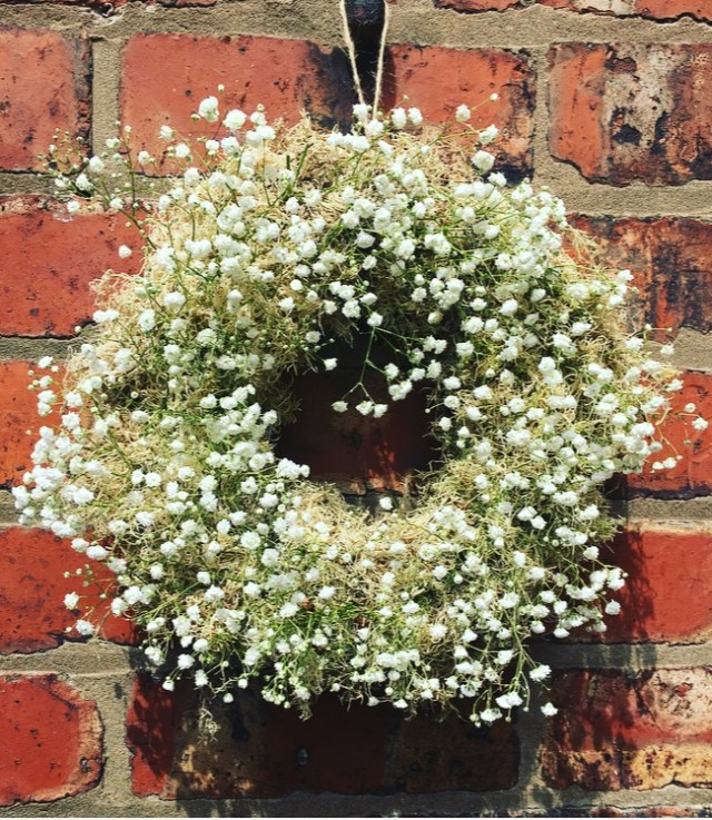 Open garden wreath