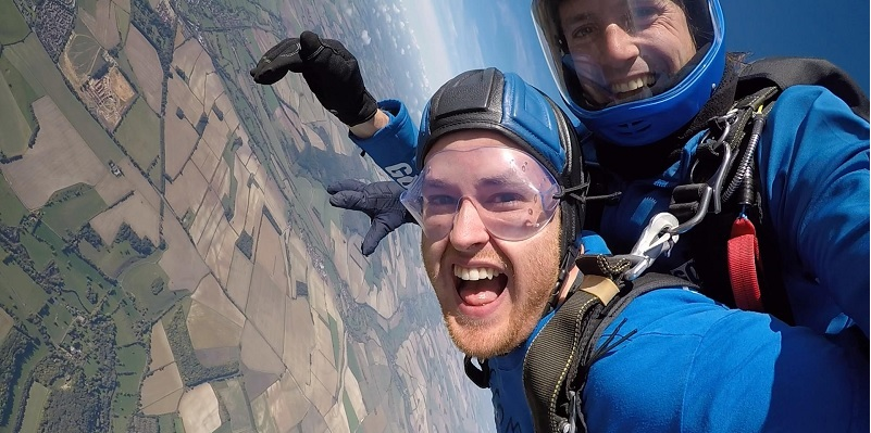 skydive cost jump height