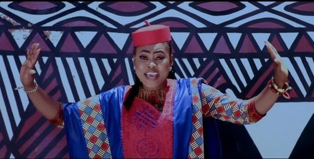 Joyce Blessing - La Mia Praise (Official Music Video)