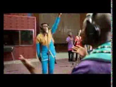 Joe Praise - Mighty God ft Soweto Gospel Choir (Lyrics, Mp3 Download)