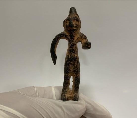 Estatueta original do deus Fenício Baal, datada de 800 anos a.C.