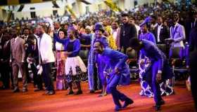 High Way in The Red Sea mp3 by - Dr. Paul Enench ft Deborah Enenche