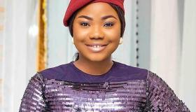 Akamdinelu mp3 and Video by Mercy Chinwo