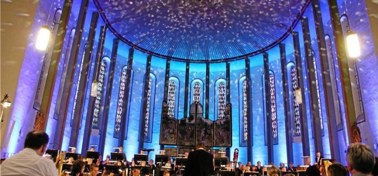 Grandiose Filmmusik Gottes in Vredener Kirche