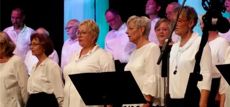 Gospeltrain präsentiert sich als Chor im allerbesten Alter