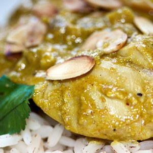 Chicken Curry with Almonds