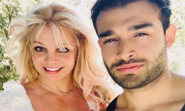 Britney Spears si sposa, ufficiale: annuncio e chi è il suo futuro marito