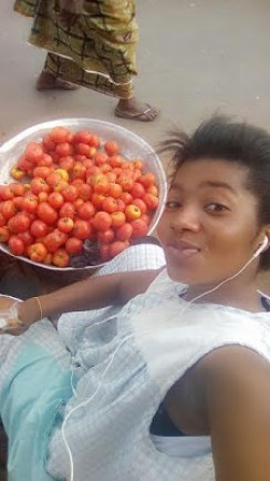 Owusuwaa Bae - Tomatoe Seller