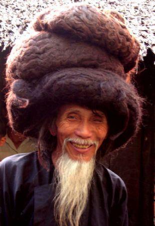 tran-van-hay-longest-hair5