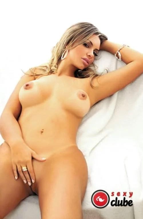 Ana Beatriz nua na revista Sexy