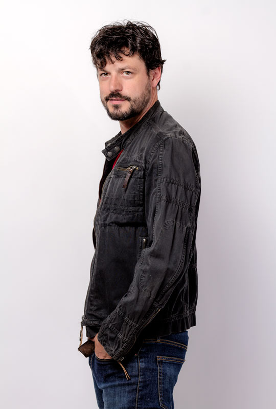 Luis de Sannta perfil