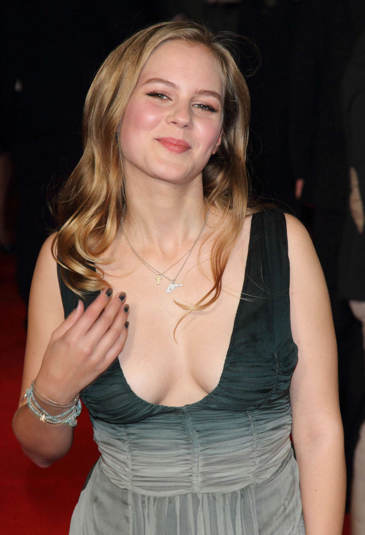 Alicia Von Rittberg Topless - Image 4 FAP