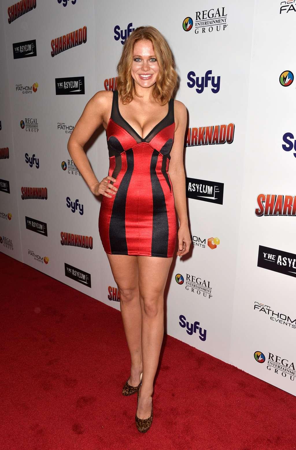 Jessica Sanchez Fashion